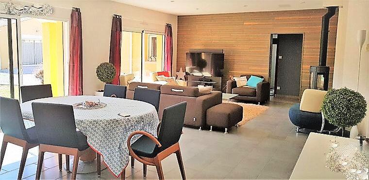 Maison à vendre 7 201m2 à Château-d'Olonne vignette-5