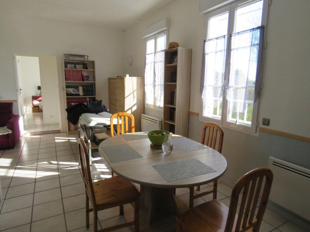 Maison à vendre 5 103m2 à Grosbreuil vignette-7