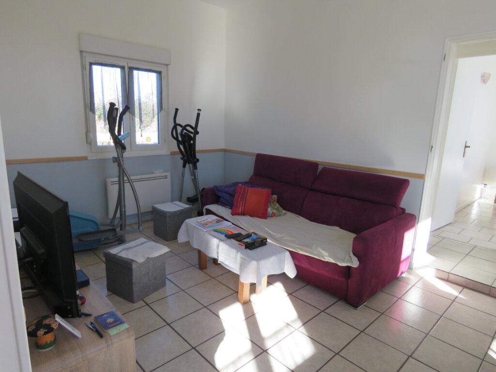 Maison à vendre 5 103m2 à Grosbreuil vignette-8