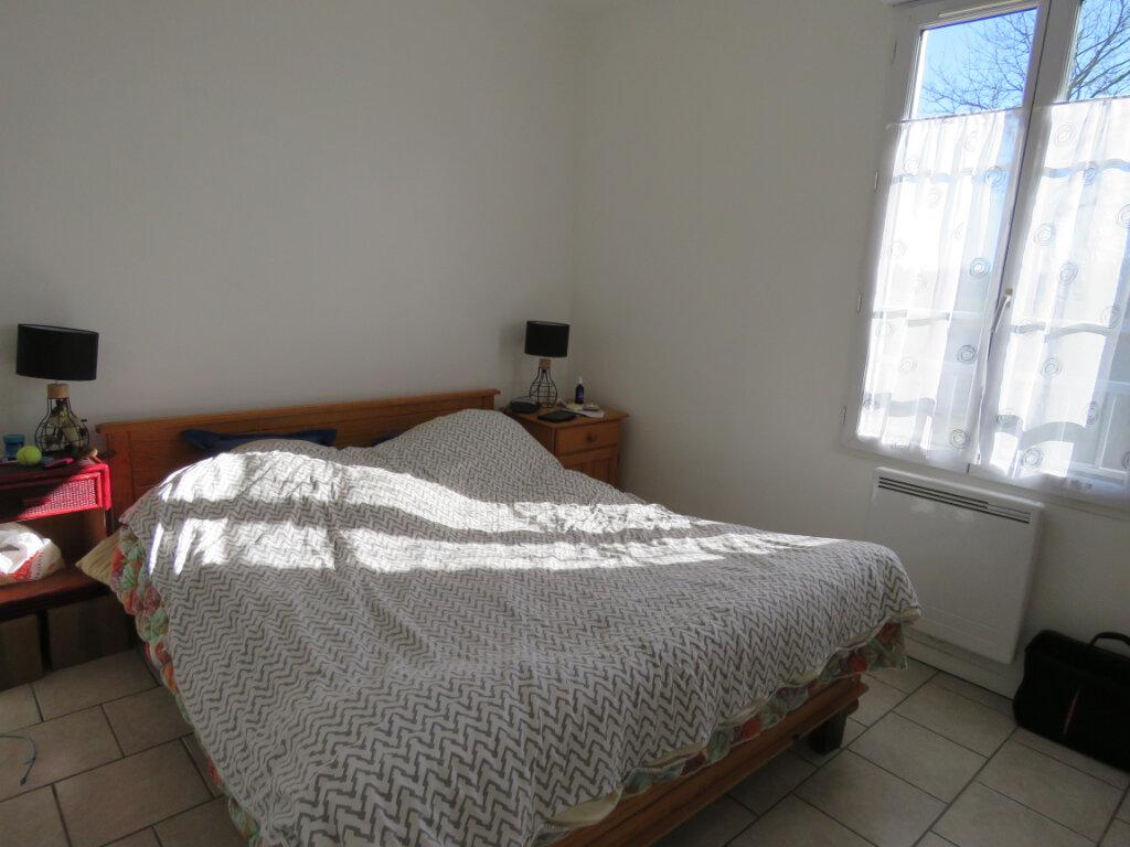 Maison à vendre 5 103m2 à Grosbreuil vignette-10