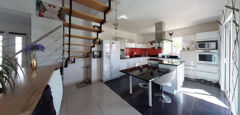 Maison à vendre 6 162m2 à Talmont-Saint-Hilaire vignette-3