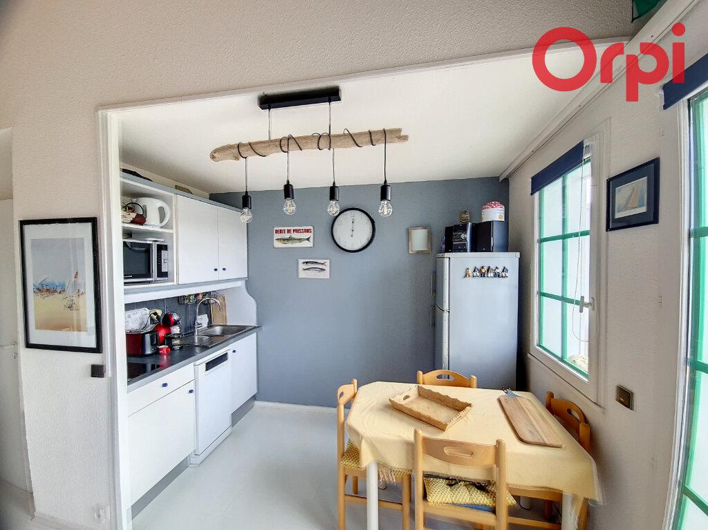 Appartement à vendre 2 30m2 à Talmont-Saint-Hilaire vignette-2