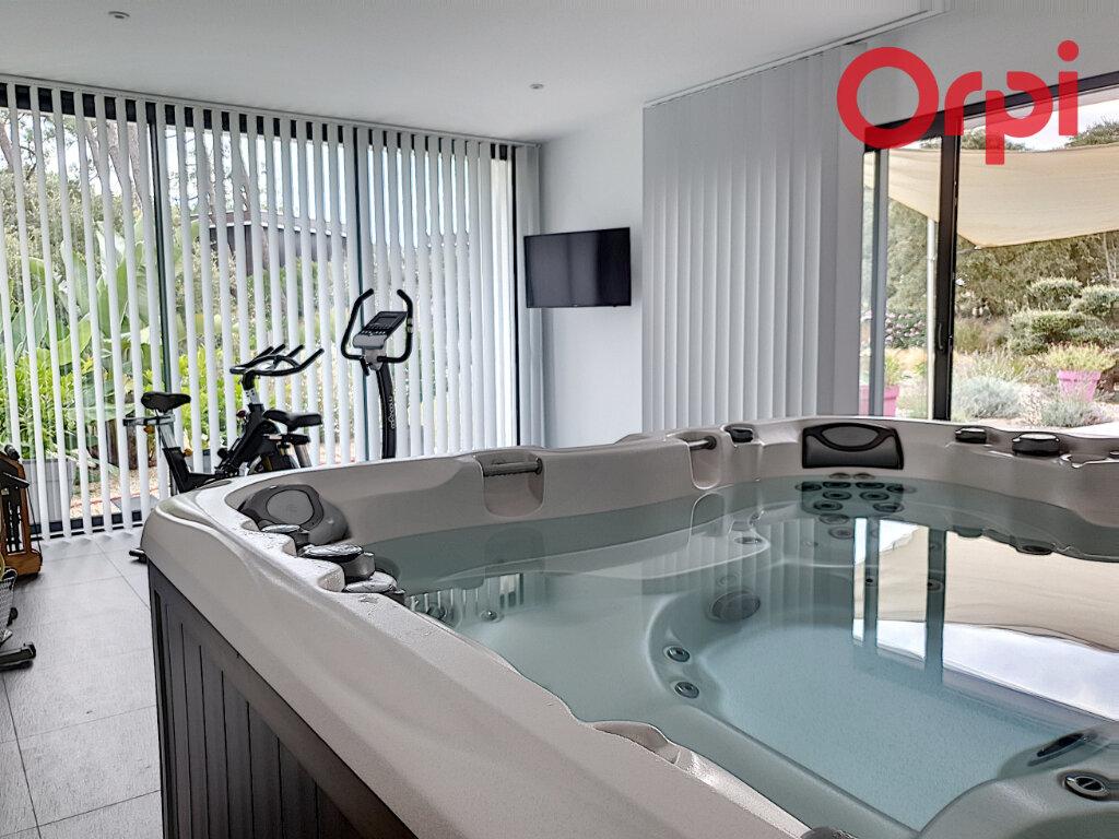 Maison à vendre 10 280m2 à Talmont-Saint-Hilaire vignette-11