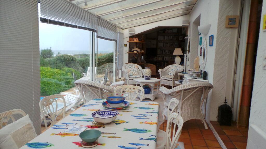 Maison à vendre 6 174m2 à Château-d'Olonne vignette-3