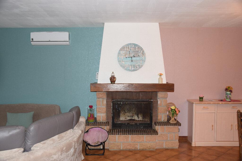 Maison à vendre 5 110m2 à Grosbreuil vignette-5