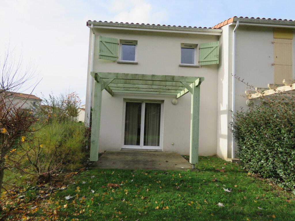 Maison à vendre 3 48m2 à Talmont-Saint-Hilaire vignette-1