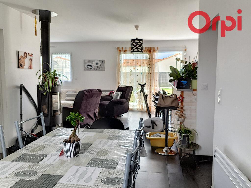 Maison à vendre 4 70m2 à Talmont-Saint-Hilaire vignette-2
