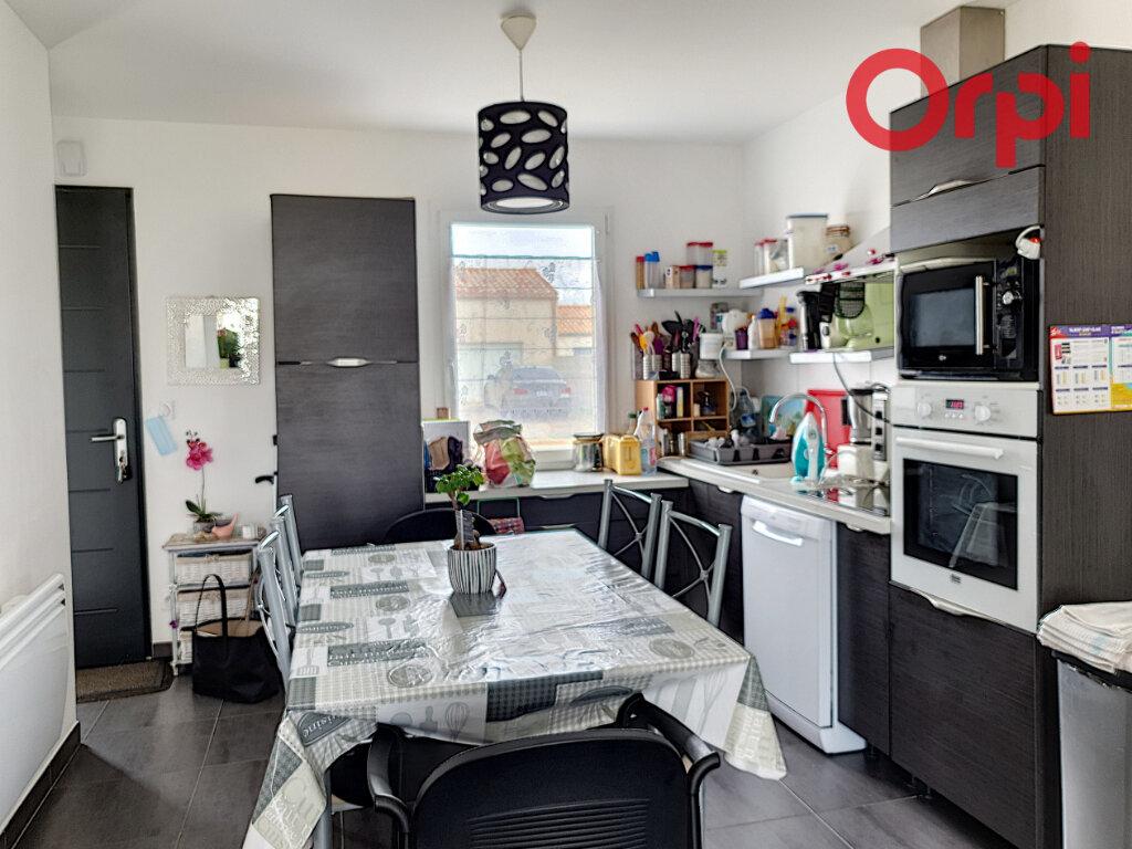 Maison à vendre 4 70m2 à Talmont-Saint-Hilaire vignette-4