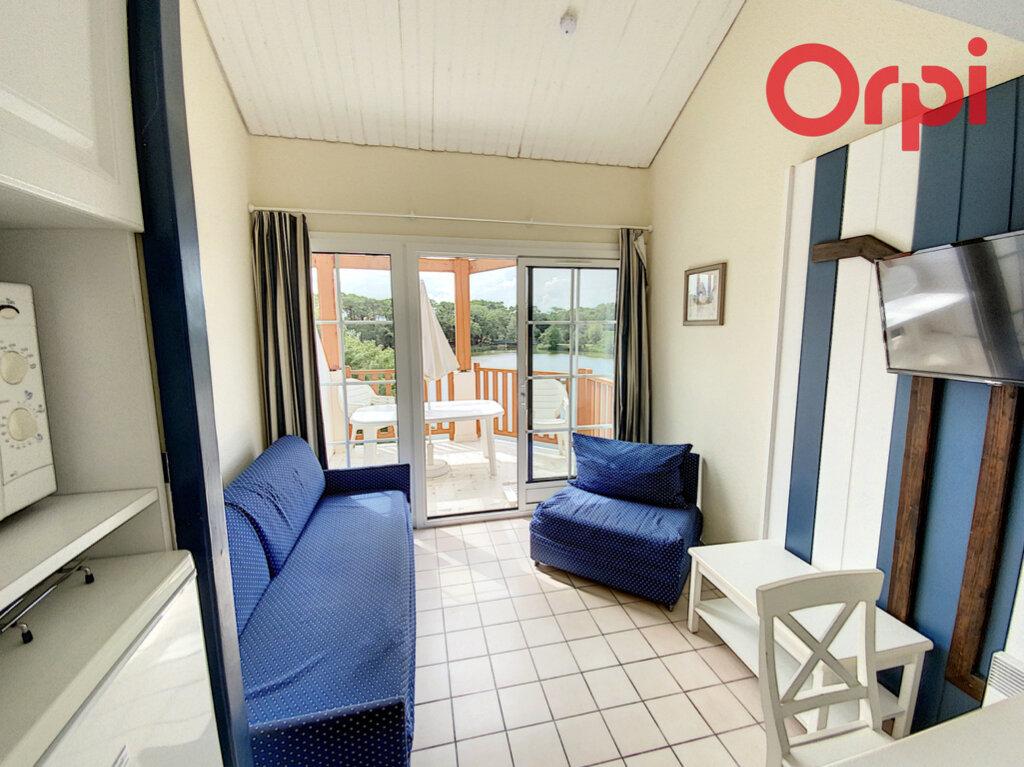 Appartement à vendre 3 34m2 à Talmont-Saint-Hilaire vignette-3