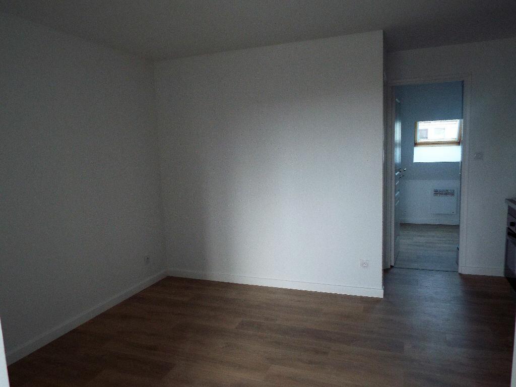 Appartement à louer 2 30m2 à Desvres vignette-3