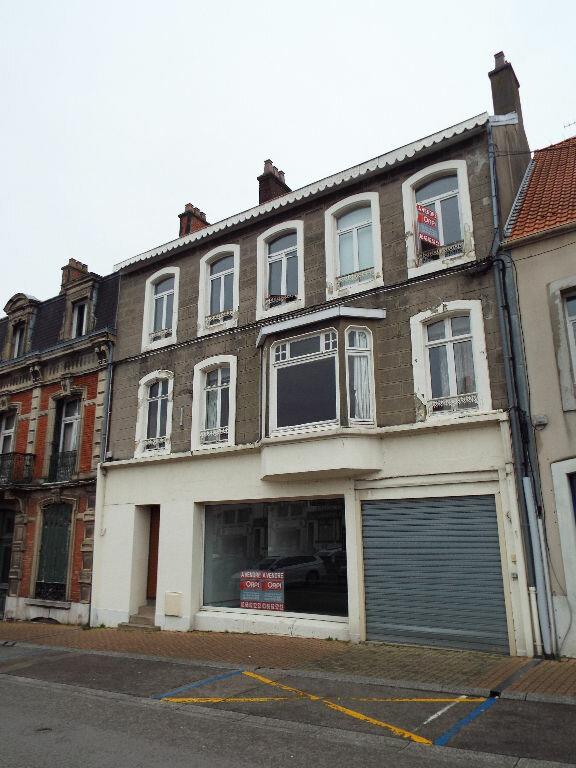Immeuble à vendre 0 1300m2 à Desvres vignette-1