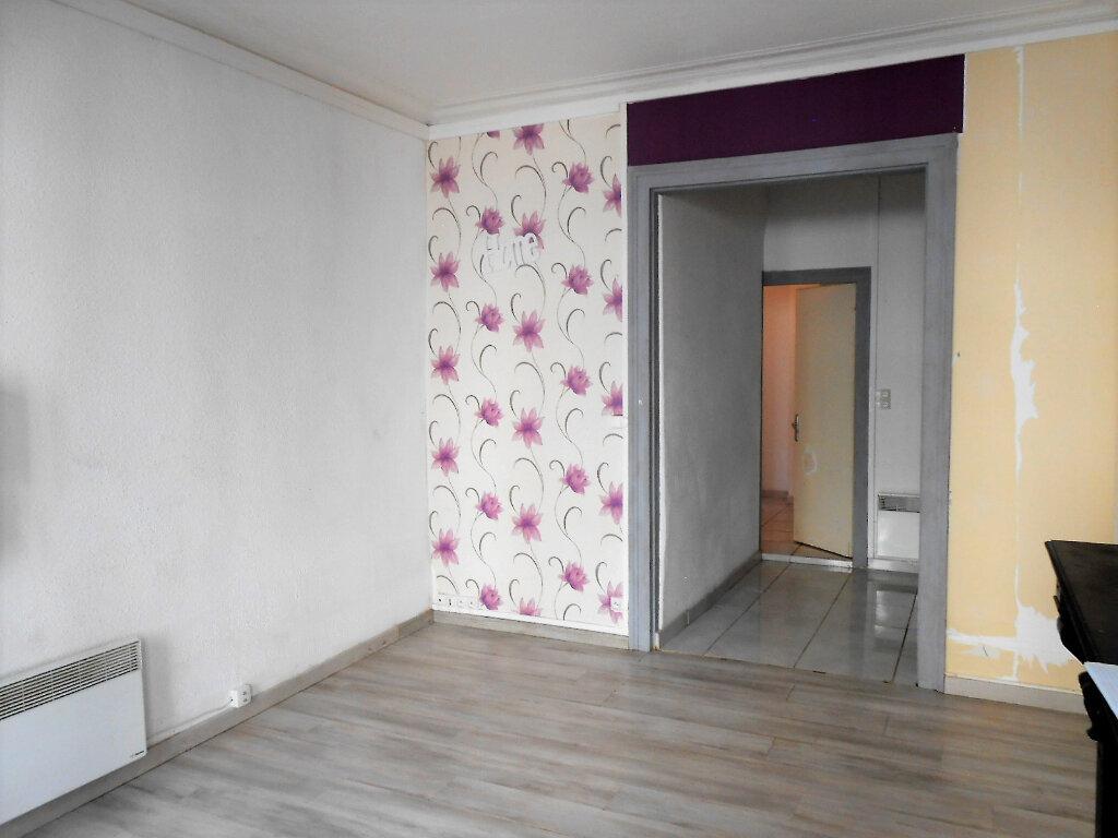 Appartement à louer 2 33.37m2 à Boulogne-sur-Mer vignette-1