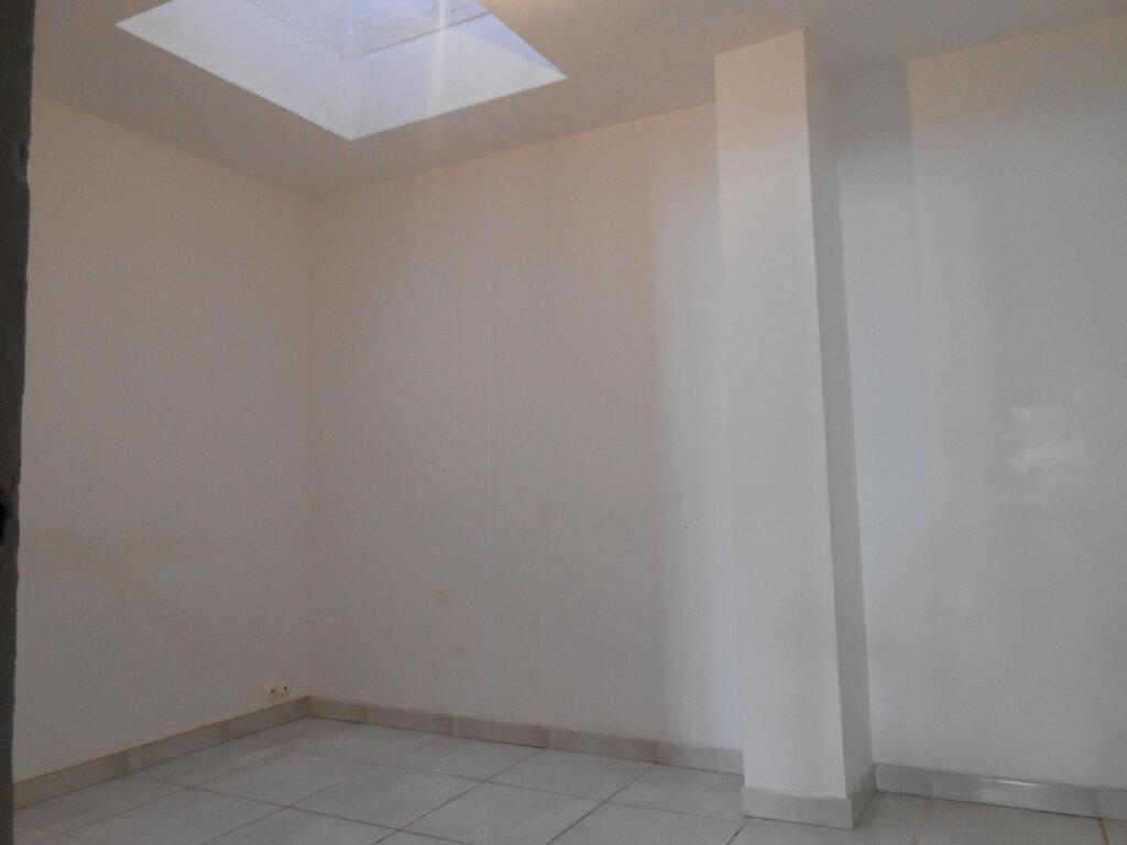Appartement à louer 2 33.37m2 à Boulogne-sur-Mer vignette-4