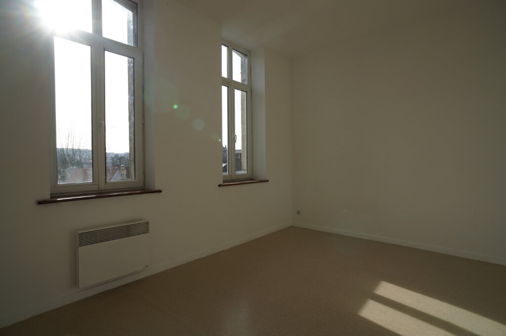 Appartement à louer 3 40m2 à Desvres vignette-1