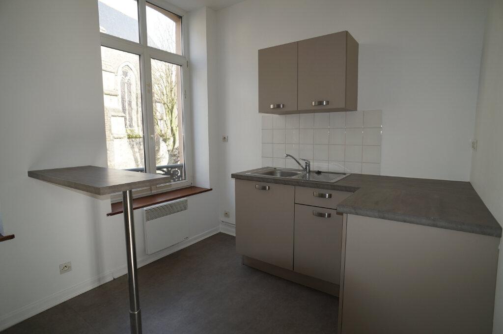 Appartement à louer 3 40m2 à Desvres vignette-3