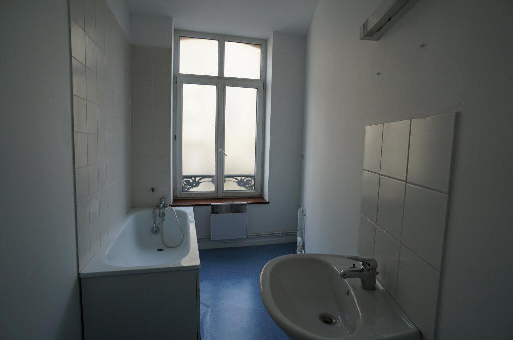 Appartement à louer 3 40m2 à Desvres vignette-4