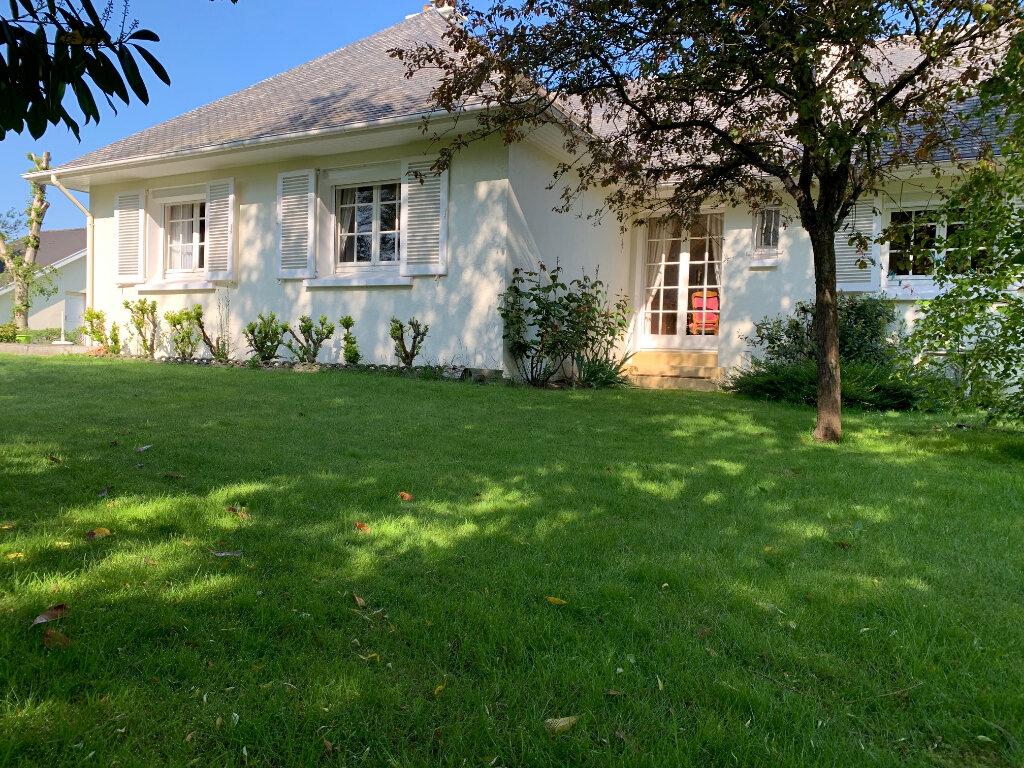 Maison à vendre 5 126m2 à Saint-Léonard vignette-4