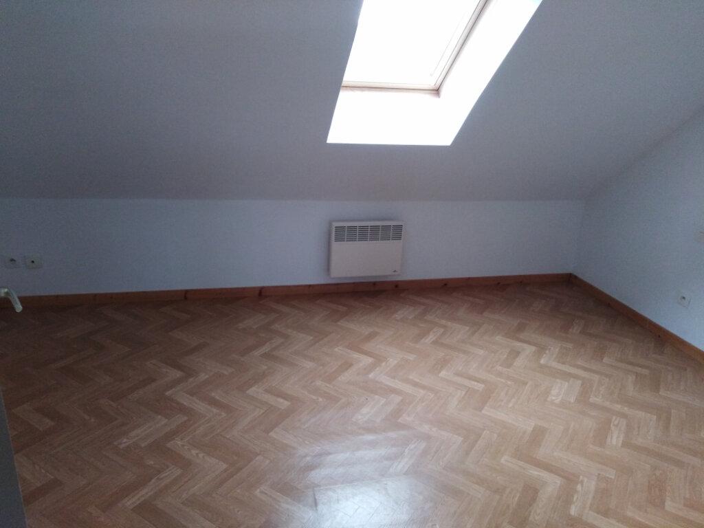 Maison à louer 3 78m2 à Mézidon-Canon vignette-1