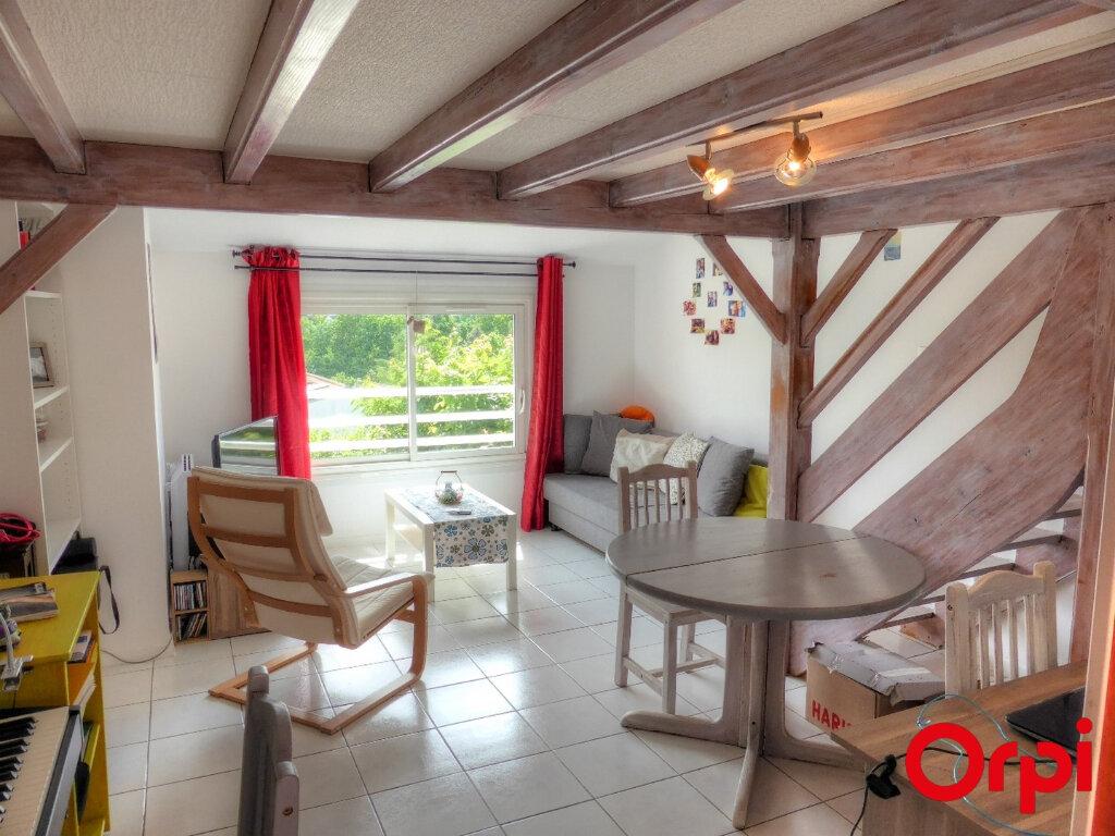Appartement à louer 2 51.96m2 à Villefontaine vignette-4