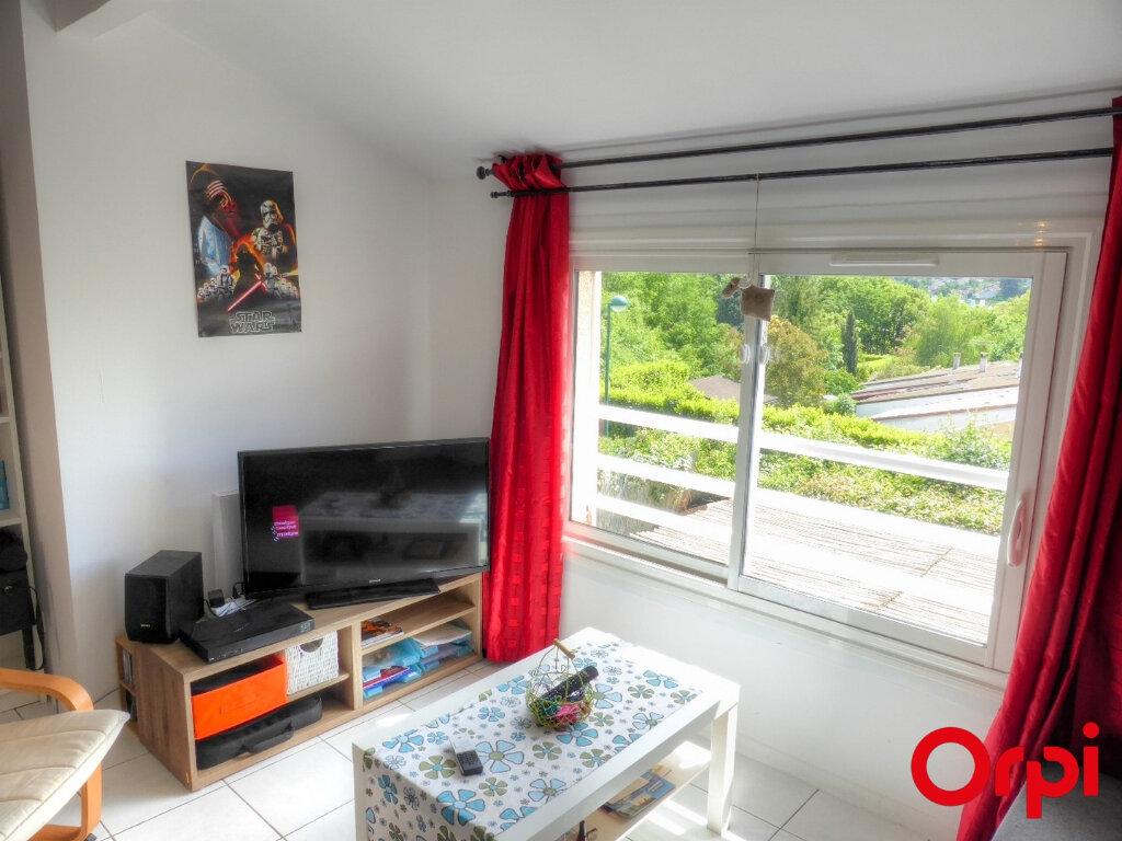 Appartement à louer 2 51.96m2 à Villefontaine vignette-5