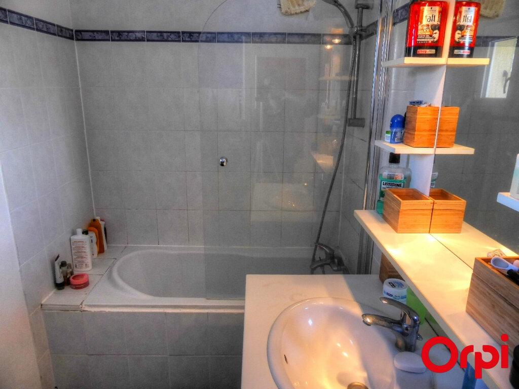 Appartement à louer 2 51.96m2 à Villefontaine vignette-10