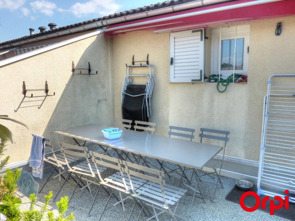 Appartement à louer 2 51.96m2 à Villefontaine vignette-13