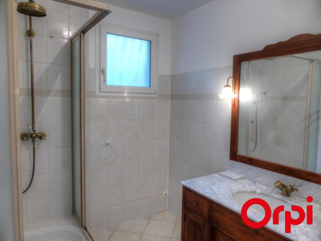 Appartement à louer 4 92.46m2 à L'Isle-d'Abeau vignette-8