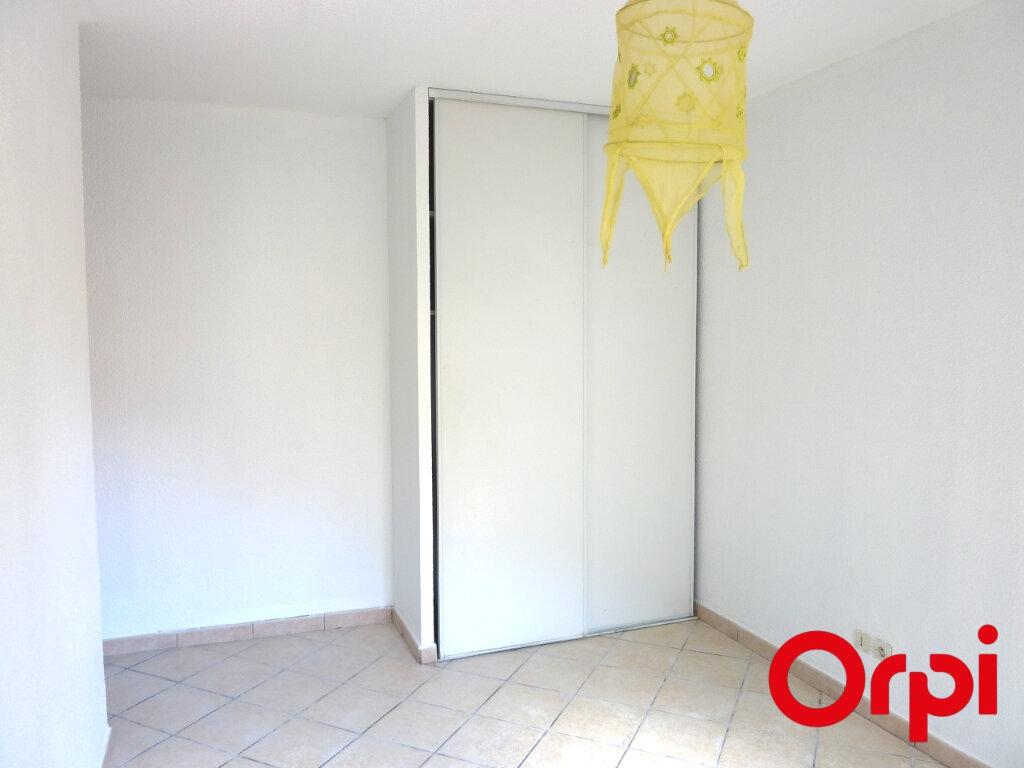 Appartement à louer 4 81.31m2 à L'Isle-d'Abeau vignette-8