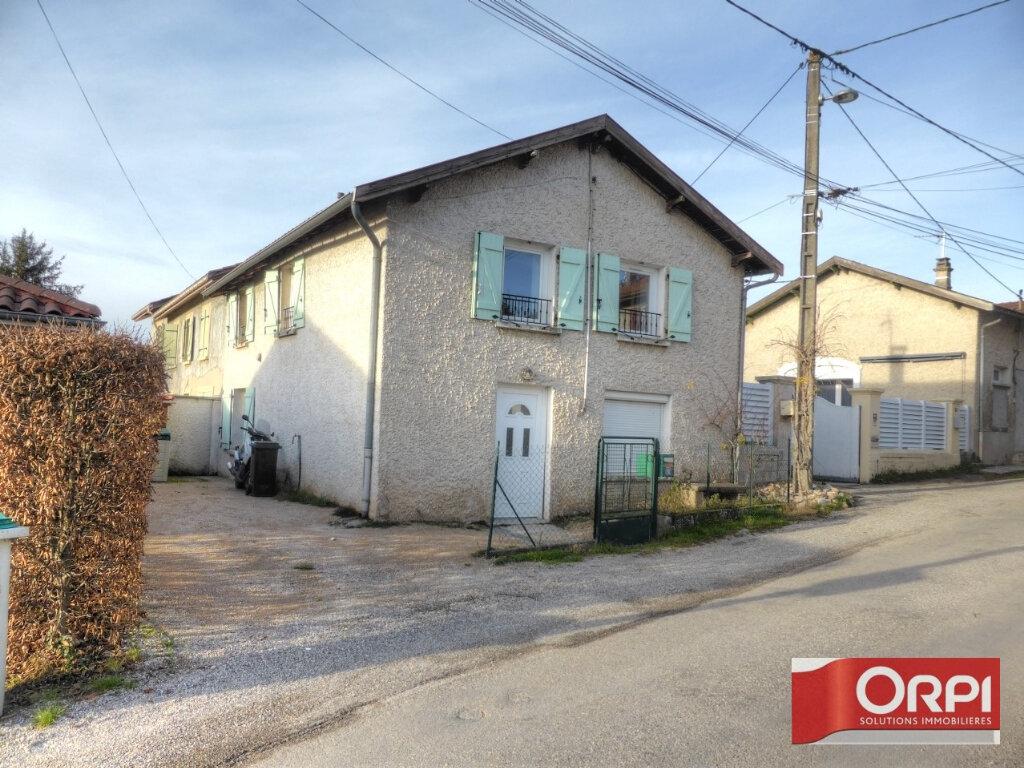 Maison à louer 3 82m2 à Frontonas vignette-1