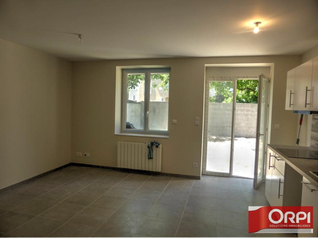 Appartement à louer 3 53.1m2 à Loyettes vignette-2