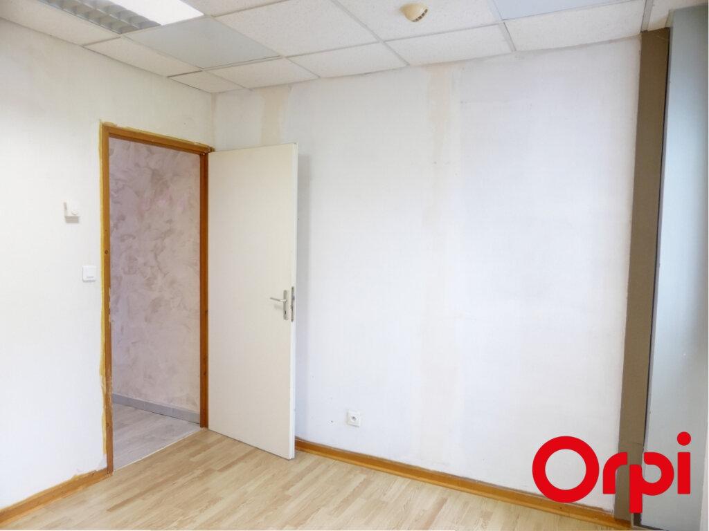 Appartement à louer 4 82.04m2 à Valencin vignette-8