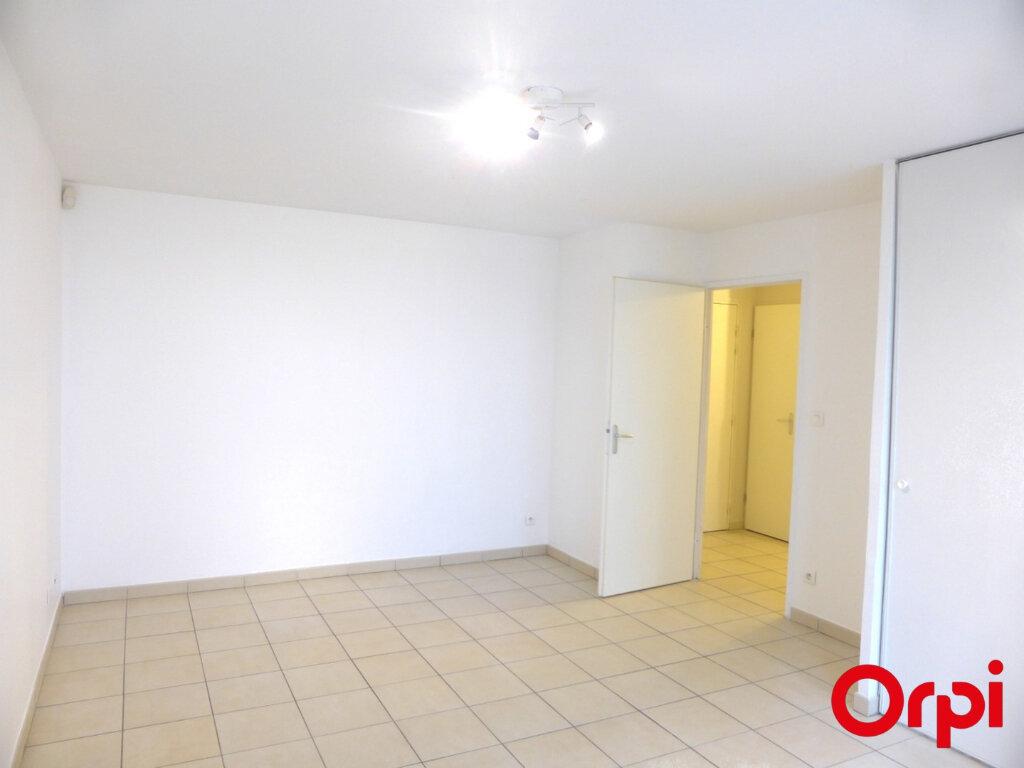 Appartement à louer 3 50.96m2 à La Verpillière vignette-5