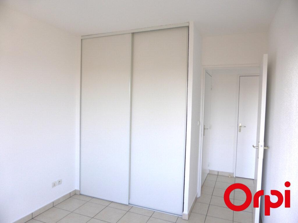 Appartement à louer 3 54m2 à Villefontaine vignette-9