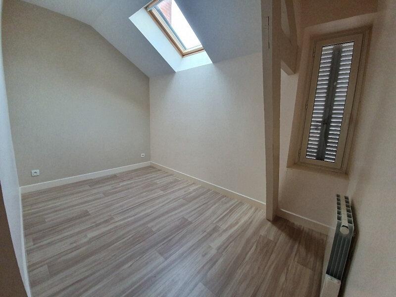 Appartement à louer 3 51m2 à Moret-sur-Loing vignette-5