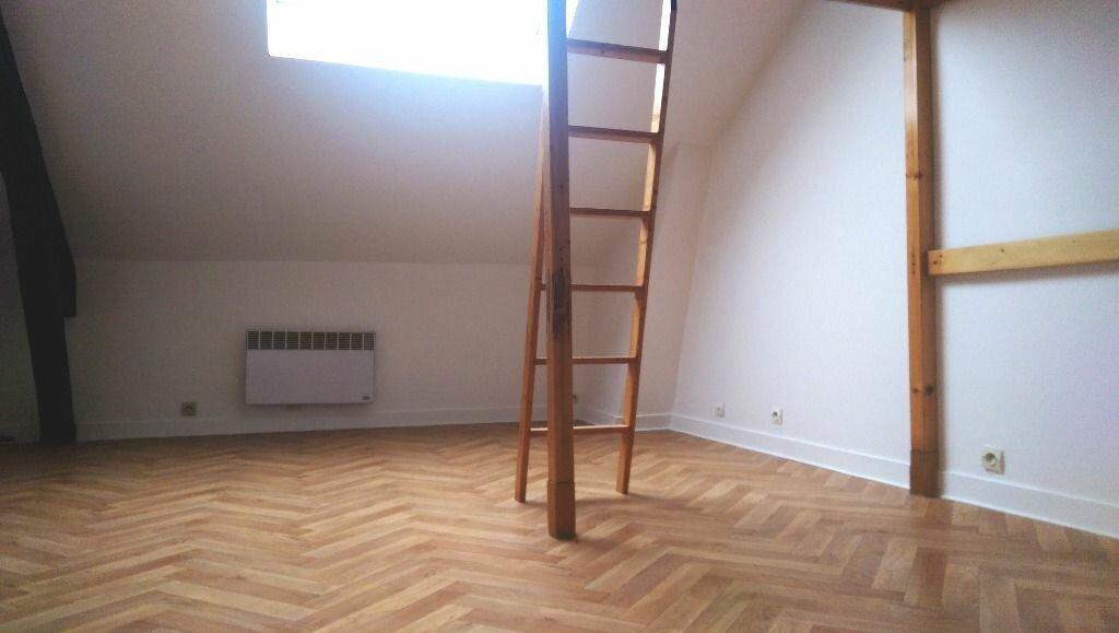 Appartement à louer 1 18.8m2 à Champagne-sur-Seine vignette-3