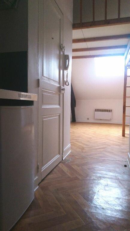 Appartement à louer 1 18.8m2 à Champagne-sur-Seine vignette-4