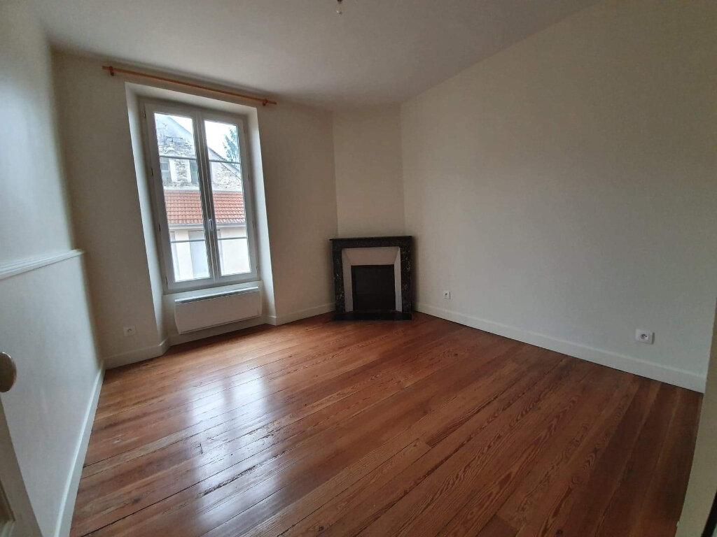 Appartement à louer 2 38m2 à Moret-sur-Loing vignette-4