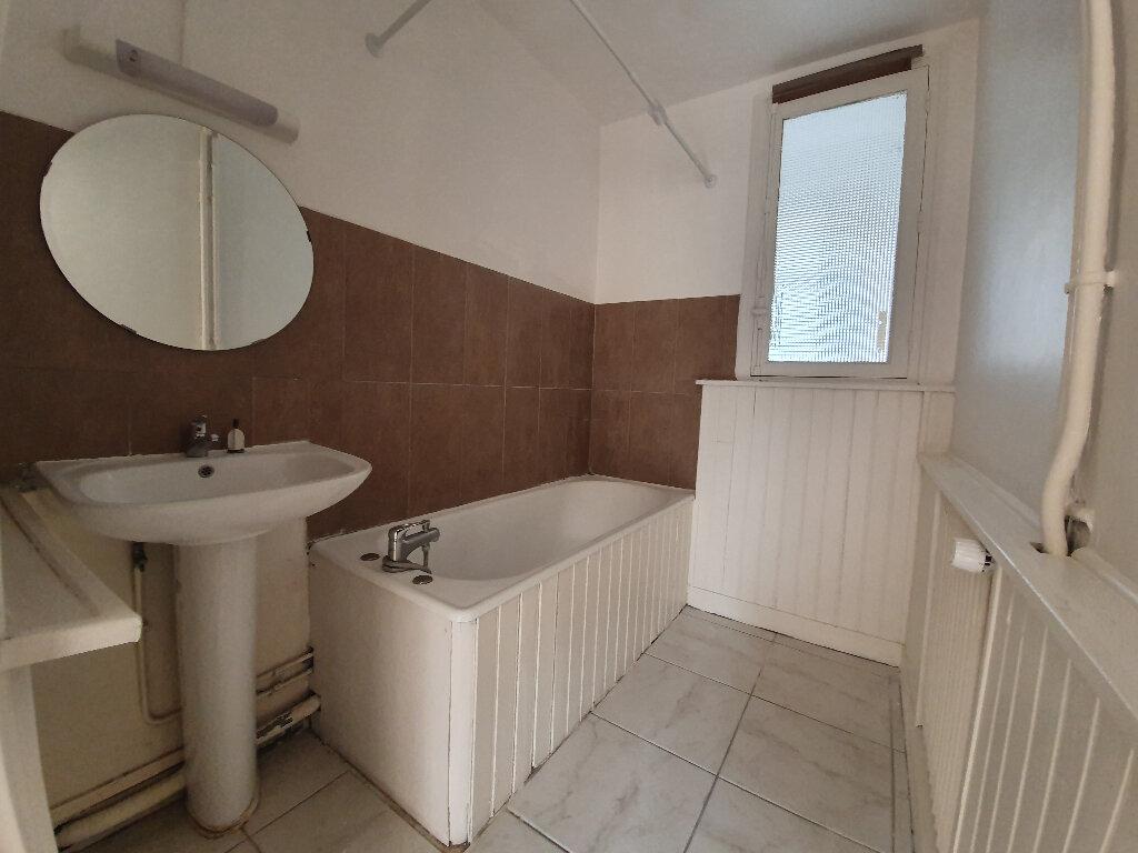 Appartement à louer 3 60m2 à Veneux-les-Sablons vignette-5