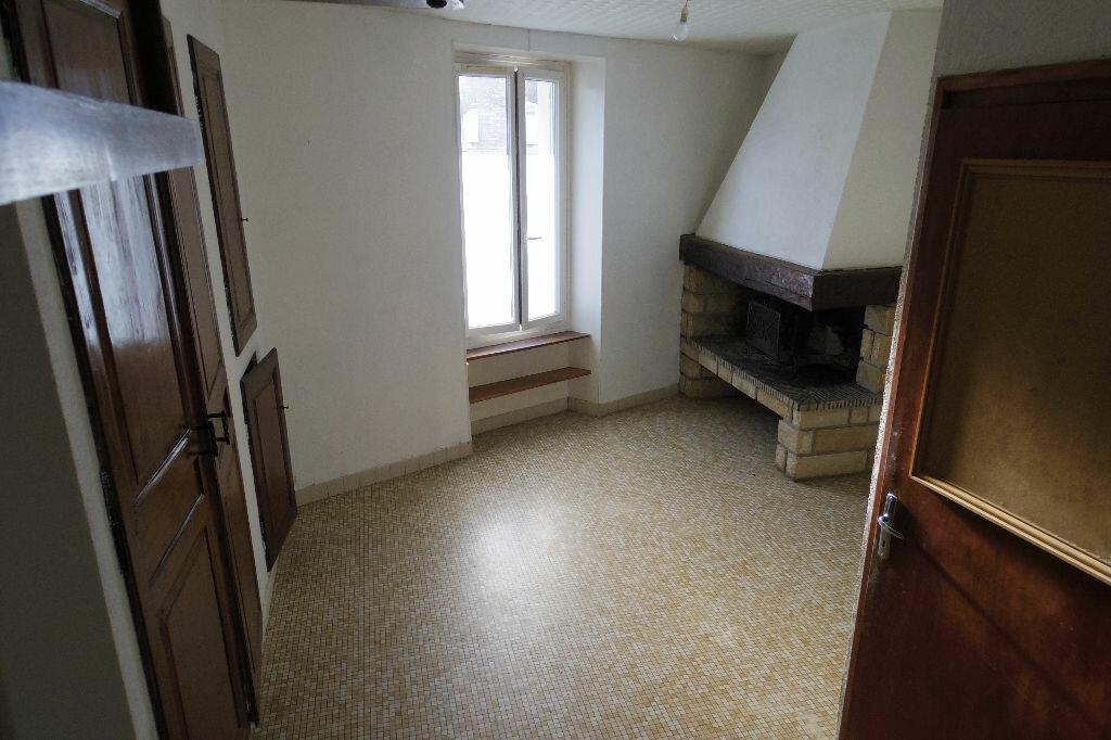 Maison à vendre 4 131m2 à Veneux-les-Sablons vignette-3