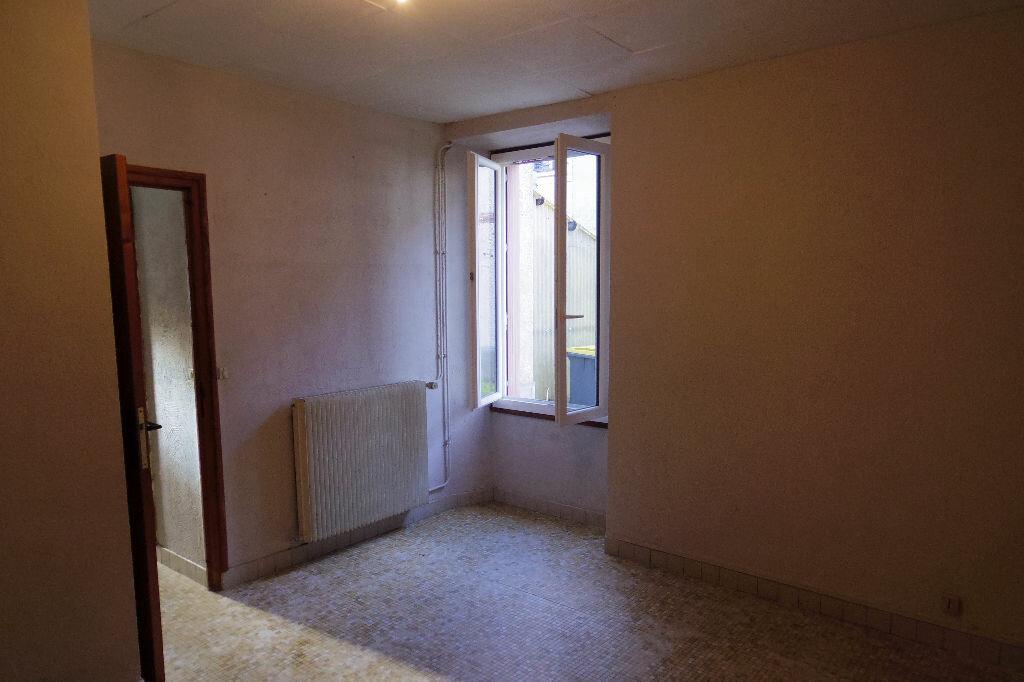 Maison à vendre 4 131m2 à Veneux-les-Sablons vignette-6