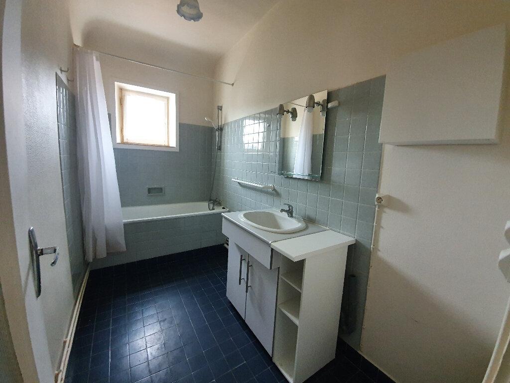Appartement à louer 4 80m2 à Veneux-les-Sablons vignette-5