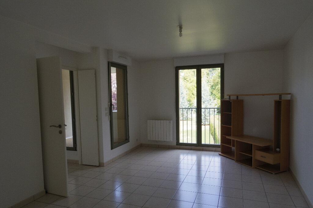 Appartement à louer 2 49m2 à Écuelles vignette-1