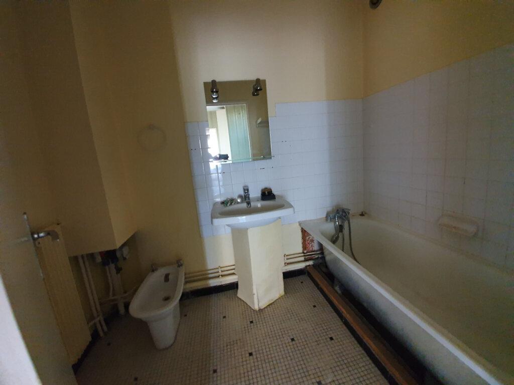 Appartement à vendre 3 60m2 à Veneux-les-Sablons vignette-6