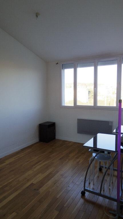 Appartement à louer 2 53m2 à Champagne-sur-Seine vignette-4