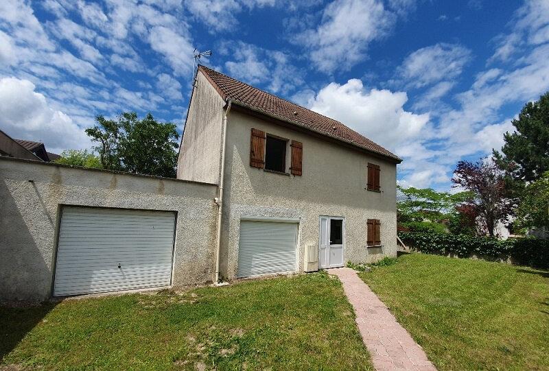 Appartement à louer 1 29m2 à Moret-sur-Loing vignette-1