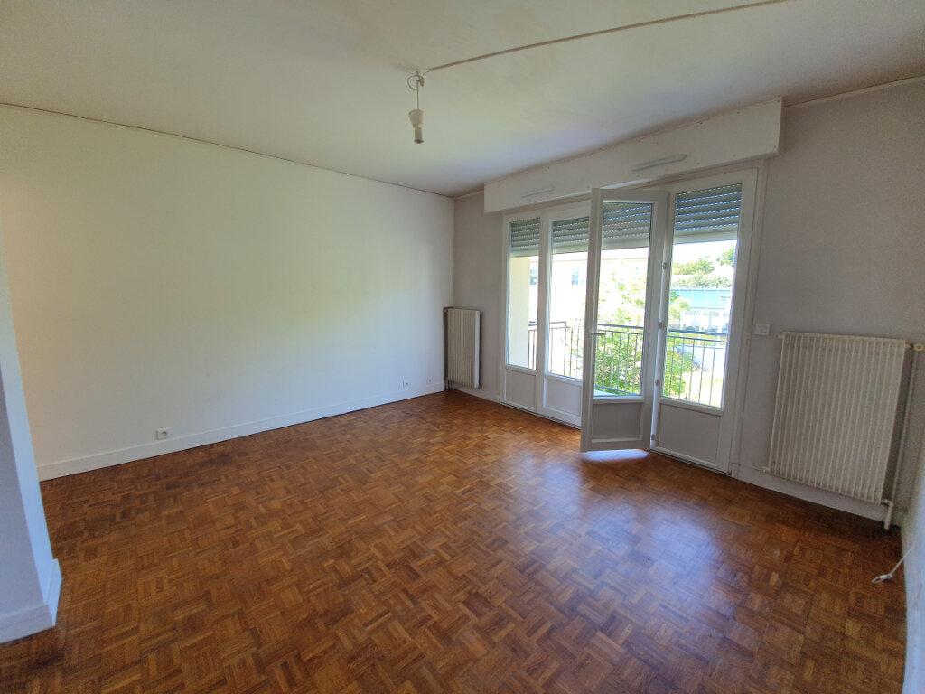 Appartement à louer 4 74m2 à Veneux-les-Sablons vignette-1