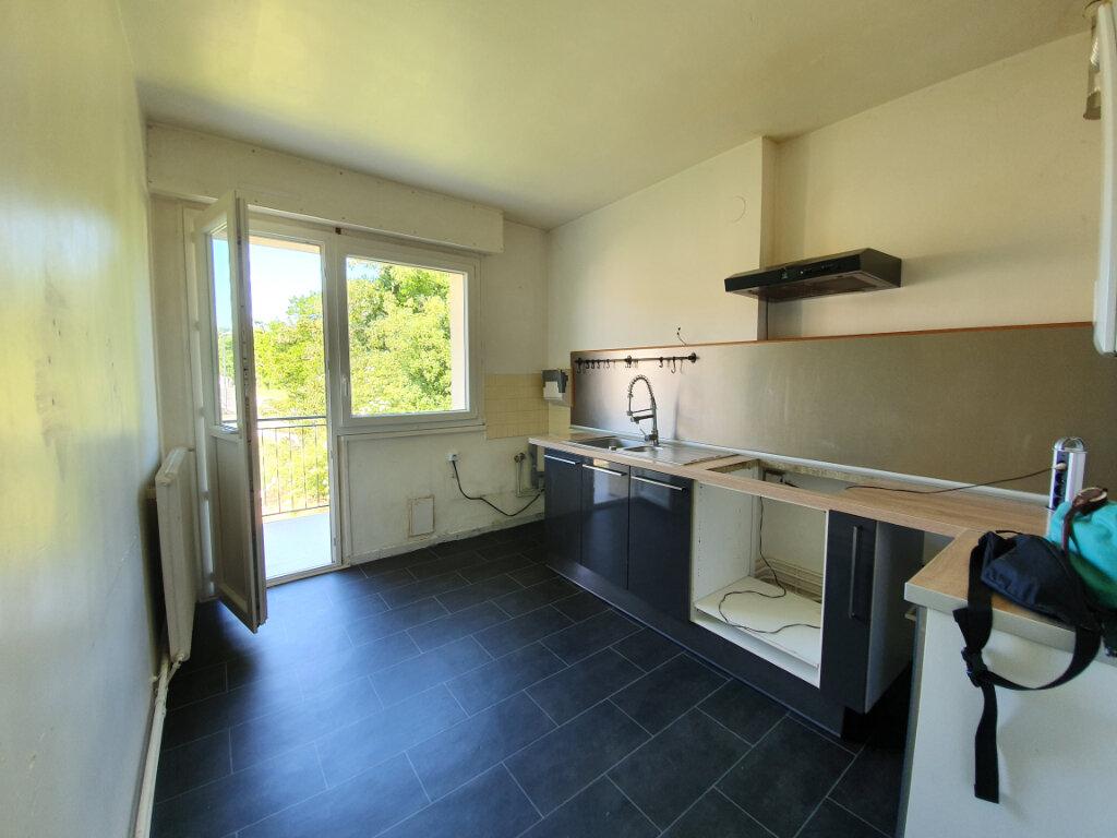 Appartement à louer 4 74m2 à Veneux-les-Sablons vignette-6