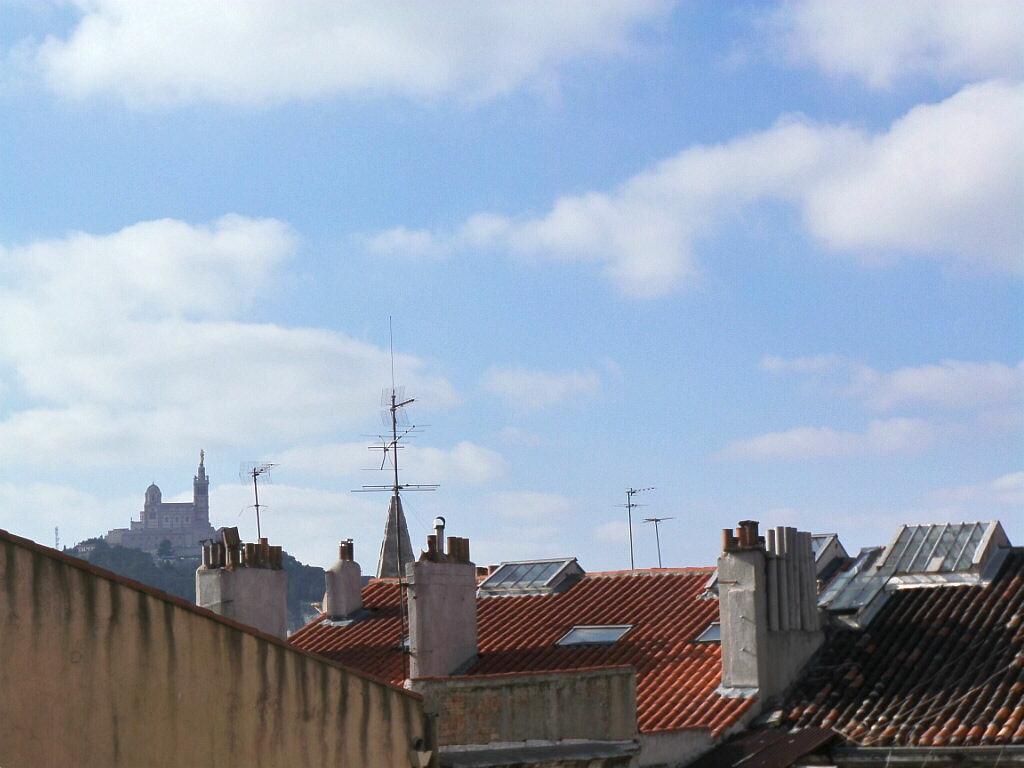 Appartement à louer 3 68m2 à Marseille 6 vignette-1