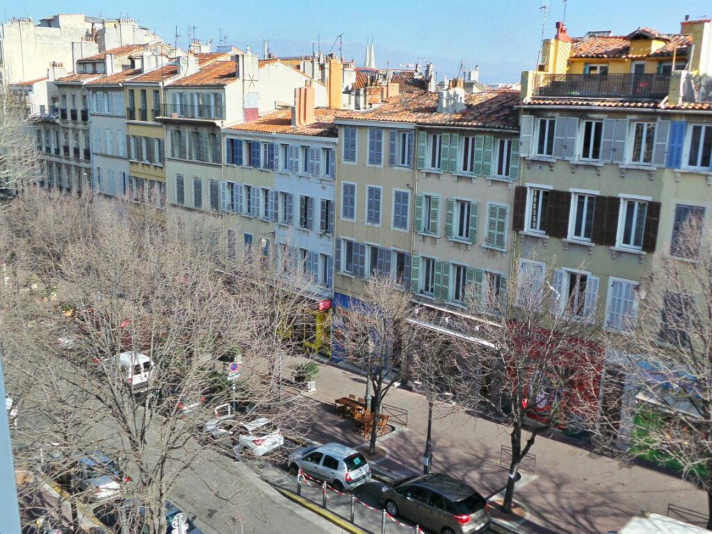 Appartement à louer 3 68m2 à Marseille 6 vignette-6