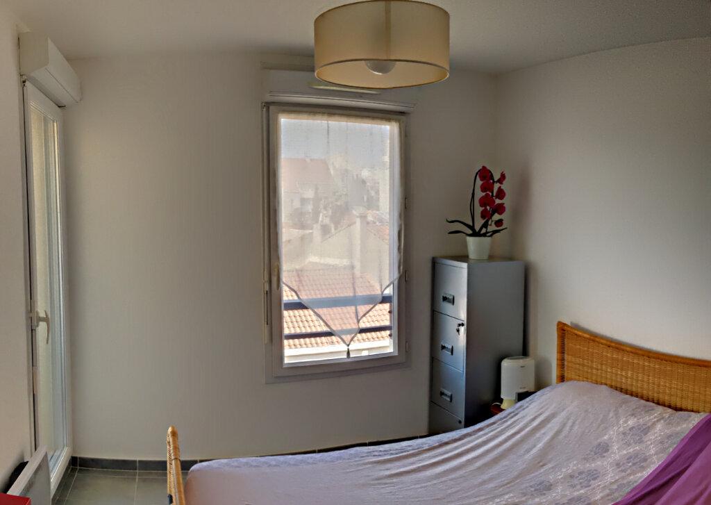 Appartement à vendre 3 68m2 à Marseille 8 vignette-5